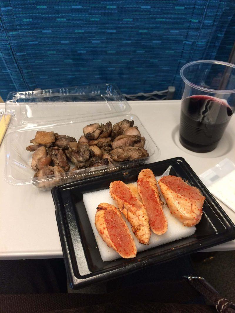 神戸灘区 地元のおつまみセットとワイン