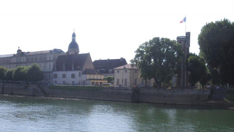 フランス ブルターニュ SAONE